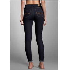 Abercrombie & Fitch Perfect Stretch Jegging